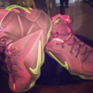 new arrival 9a948 d5d77 ... free shipping lebron 12 double helix 89ce6 c5980